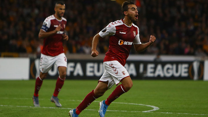 Sporting Braga's Portuguese midfielder Ricardo Horta celebrates scoring his team's first goal during the UEFA Europa League Group K football match between Wolverhampton Wanderers and Sporting Braga at the Molineux stadium in Wolverhampton, central England on September 19, 2019. (Photo by GEOFF CADDICK / AFP) (Photo credit should read GEOFF CADDICK/AFP/Getty Images)