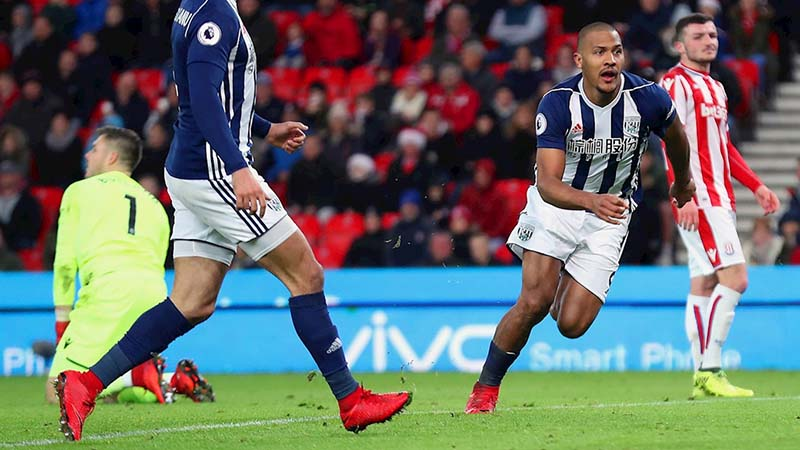 Salomon Rondon of West Bromwich Albion celebrates after scoring a goal to make it 1-2